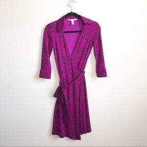 Diane Von Furstenberg pink silk wrap dress size 0